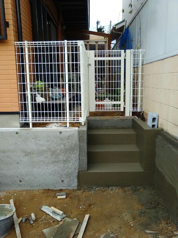 階段フェンス