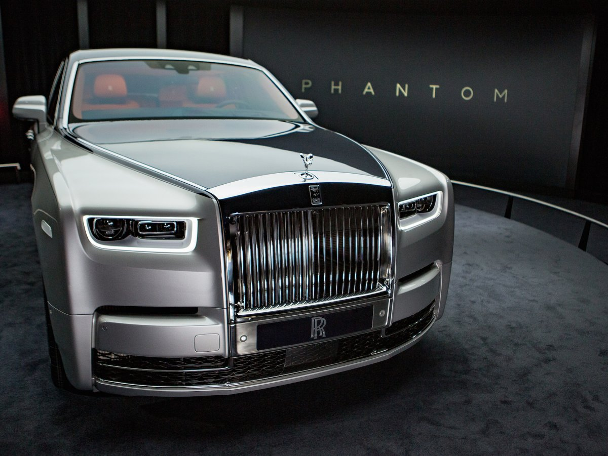 rolls-royce-phantom-viii-do-not-use[1]